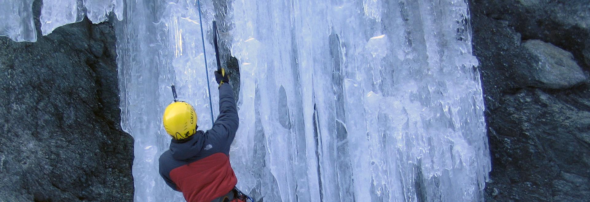 Ice-climbing – Advanced training module