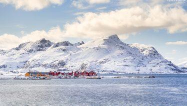 Lofoten ski touring (Norway)